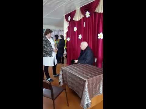 Пьяный министр социальной защиты населения Хабаровского края Николай Иванович Цирюлик