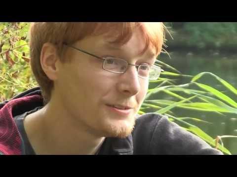 Kevin (23) ist schwul (Bremen)