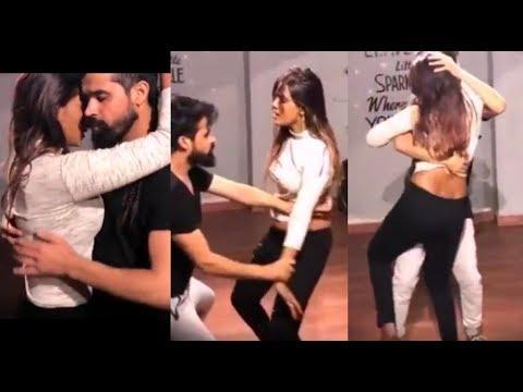 Meera Mithun Hot Dance - Actress Shots