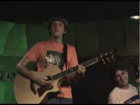 Jason Mraz - 16 - 0% Interest [2002-06-20 Java Joe's]
