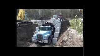 Người nước ngoài dùng độc chiêu này để xây đường hầm