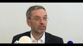 FPÖ-Wahlkampfauftakt mit Kickl in Innsbruck