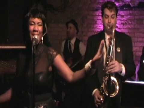 Dee Dee and the Dirty Martinis - Higher and Higher