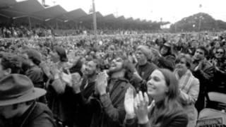 Eric Burdon & the Animals - Monterey - Monterey Pop Festival slideshow - 1967