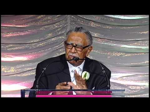 NEA Presents Life Achievement Award to Dr. Joseph Lowery