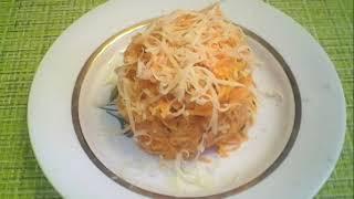 Салат из  моркови с сыром,чесноком и грецким орехом