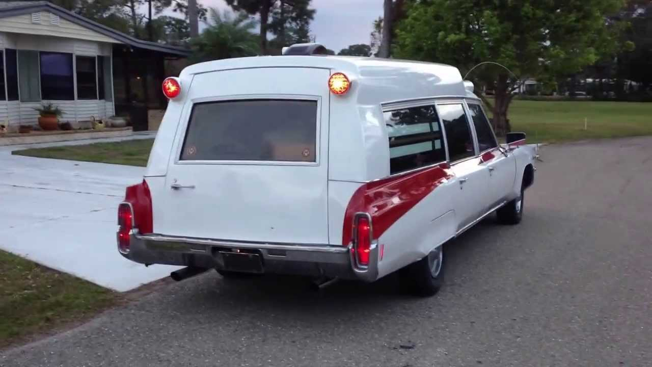 1971 Oldsmobile 98 ambulance walk around