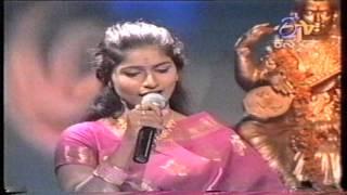 "Dr Shamitha Malnad with SP Balasubrabaniam ""Yede thumbi haaduvenu"" show"