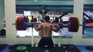 Batuhan ERUYGUN half squat 200kg