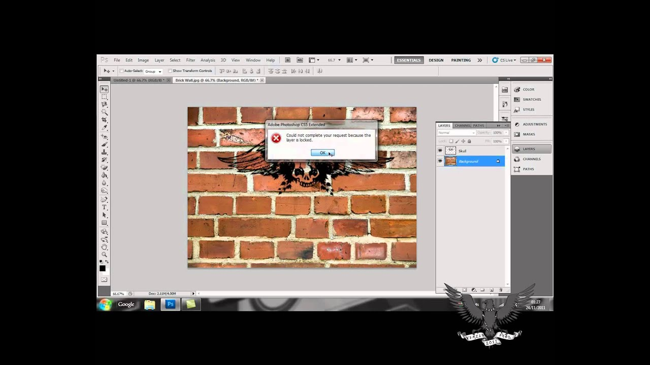 Photoshop cs5 tutorial stacking & linking layers adobe training.