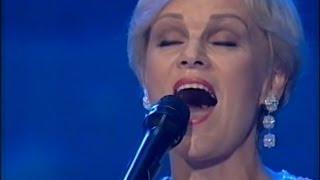 Katri Helena - Katson Sineen Taivaan (Live)