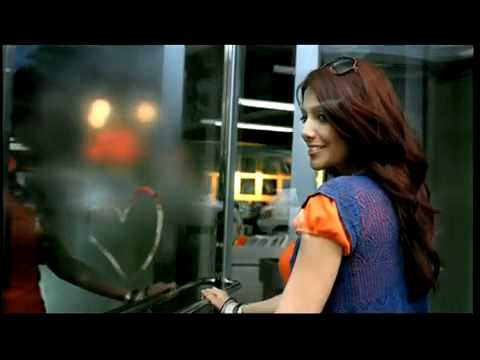 YouTube - Close Up Commercial - India NEW!!!2.flv