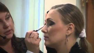 Как правильно нанести макияж!!! Мастер класс по Визажу с косметикой LR DeLuxe(Девочки красацы, это видео для Вас, как правильно наносить декоративную косметику, и о супер продукции комп..., 2014-04-12T23:14:24.000Z)