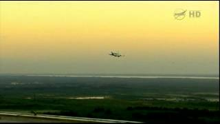 Raw Video: Plane Carrying Discovery Takes Off