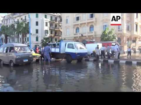 Six die as severe weather hits Egypt's 2nd city