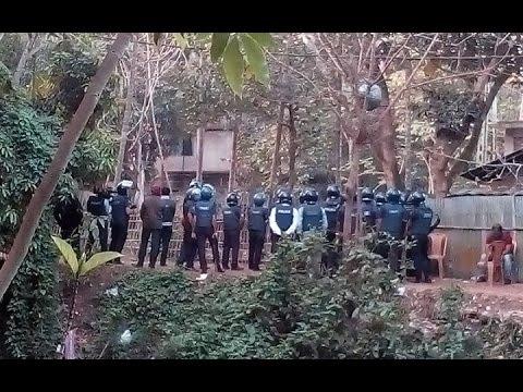 Four 'militants' killed in Chittagong সীতাকুণ্ডে বাড়ি ঘিরে অভিযানে চার জঙ্গি নিহত