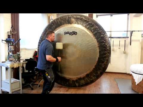 The Unsettling Timbre Produced by a 7-Foot-Wide Gong | Colossal