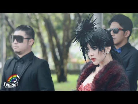 Pop - Syahrini - Seperti Itu? (Official Music Video)