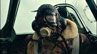 """Бой в воздухе. Лётчик Фэрриер (Том Харди) подбивает бомбардировщик """"Хейнкель"""". Дюнкерк. 2017"""