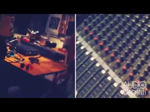 AUDIOgraffiti - Healing - Live at Radio Flash 97.6 (STREET VIDEO)