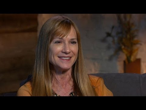 'Top of the Lake' Star Holly Hunter Interview on Approach to Acting, Reflecting on Career