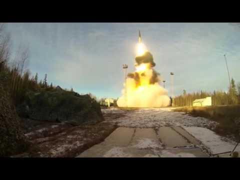 Запуск ракеты Тополь М. Испытание ядерного оружия. Армия России