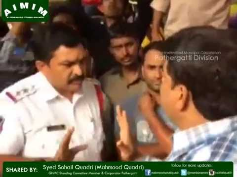 Syed Sohail Quadri arugumental protesting against Traffic Police for harassing footpath vendors.