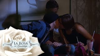 ¡Franco obliga a Betel a besar a Francisco!   La niñita de mamá   La Rosa de Guadalupe
