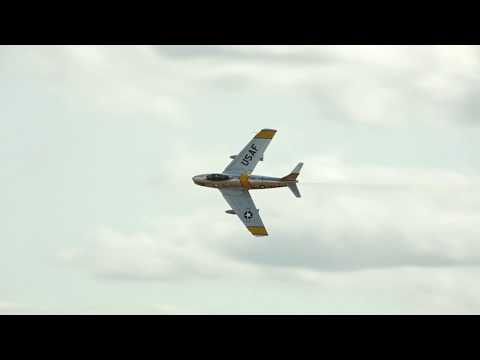 2017 Abbotsford Airshow F-86 Sabre Demo