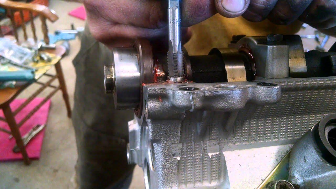 Toyota V6 3vze strip cam bearing cap bolt hole head job