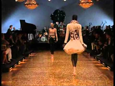 Viktor & Rolf Spring 2007 Fashion Show (Full)