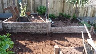 Grow Organic Vegetables Not Lawns!  My Raised Bed Garden