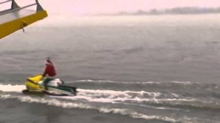 Waterskiing Santa enjoys wet and wild Christmas Eve trip in Virginia Thumbnail