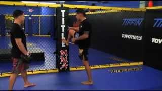 Anthony Pettis teaches you the SHOWTIME KICK!!! Video