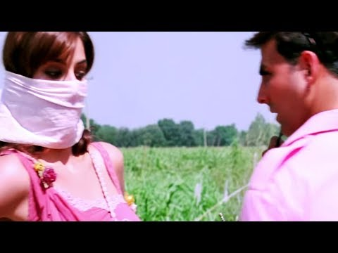 Katrina Kaif asks Akshay Kumar for help | Namastey London Hindi Movie | Bollywood Scene