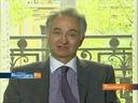 Attali Says Single Euro-Zone Budget Would Help Currency
