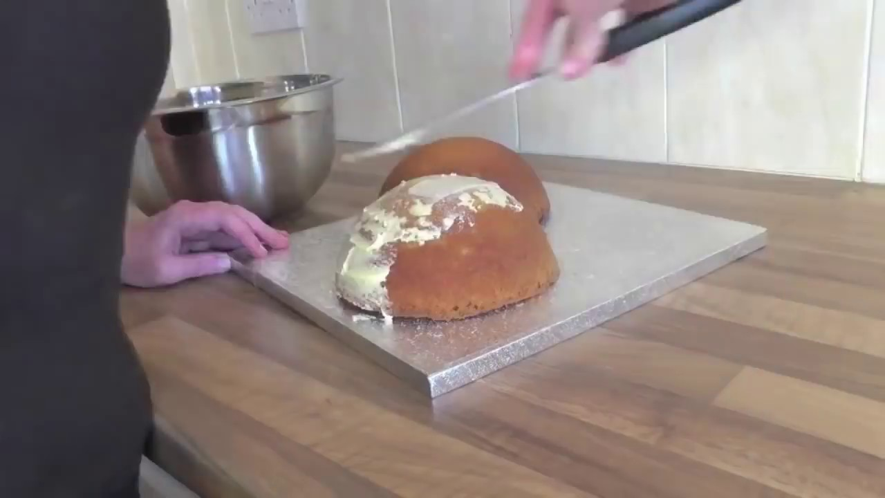 How To Make A Boob Cake In 15 Seconds Youtube