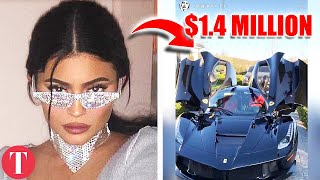 Gambar cover 25 Things Kylie Jenner Spends Her Billions On