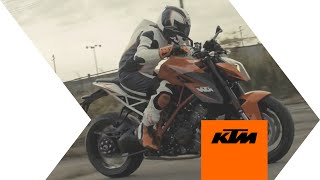 KTM 1290 SUPER DUKE R: The Beast Conquers Detroit | KTM