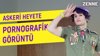 Zenne'de askeri heyete pornografik fotoğraf sunma sahnesi | Zenne