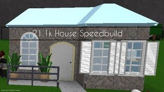 Small Simple House Speedbuild | ROBLOX Welcome to Bloxburg