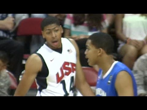 Karl Towns vs Anthony Davis in the USA vs Dominican Republic Game