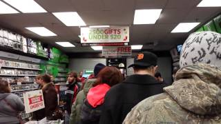 Gamestop Crowds And Lines! Black Friday