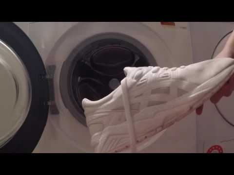 Cleaning All White Sneakers in the Washing Machine !