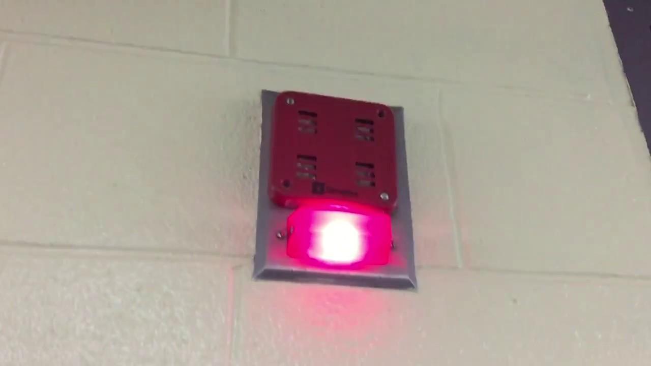 School Fire Alarm's weird malfunction with Simplex light plates