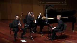 Suite para violín , clarinete y piano - Alexander Arutiunian