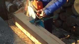 Приспособление для бензопилы для продольного распила древесины.(Приспособление для бензопилы для продольного распила древесины.http://universalmoto.ru/upload/iblock/452/prisposoblenie-dlya-prodolnogo-raspi..., 2015-10-26T12:29:54.000Z)