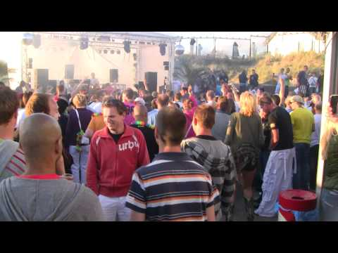 Luminosity Beach Festival 2011 - Sebastian Brandt plays Highway