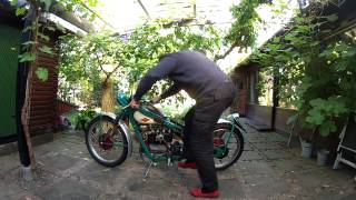 Lasses NIMBUS 1952 4. cylinder bike start-up from stonecold