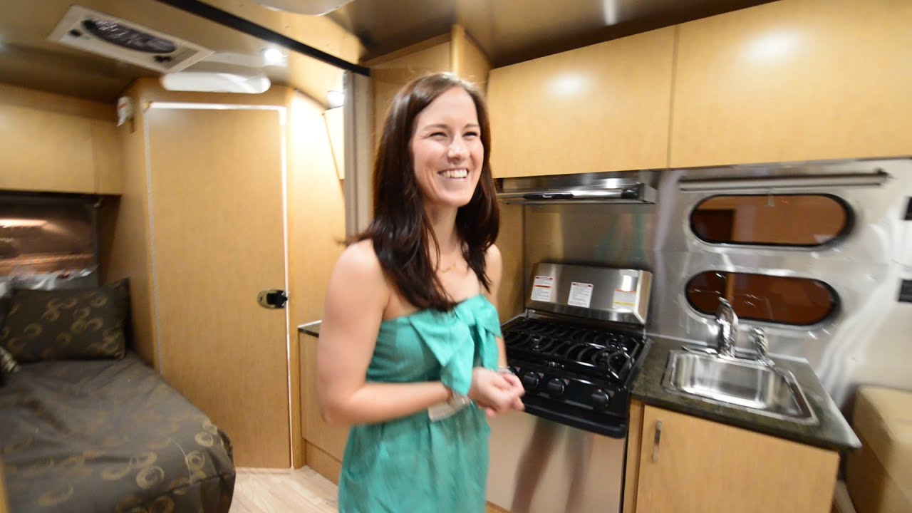 Full Tour Amp Review 2015 Airstream Flying Cloud 19 Youtube